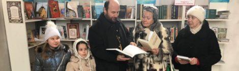 Беседа с прихожанами в Никольском храме с. Середниково