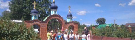Экскурсия школьников в Пятницкий храм с. Туголес
