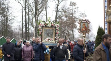 Престольный праздник в Казанском храме с. Петровское