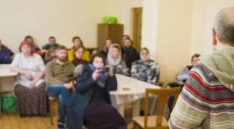Беседа в рамках Рождественских чтений в Крестовоздвиженском храме п. Мишеронский
