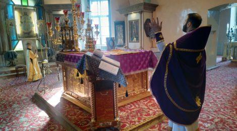 Воскресную Божественную Литургию в Спасо-Преображенском храме с.Андреевские выселки