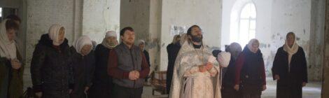 Божественная Литургия в Тихвинском храме с.Евлево